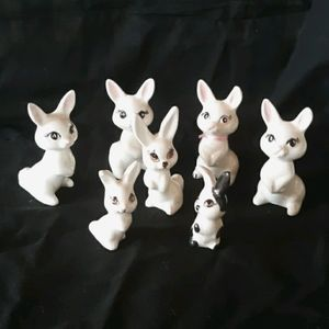 Vintage 7pc lot of bunny figurines.